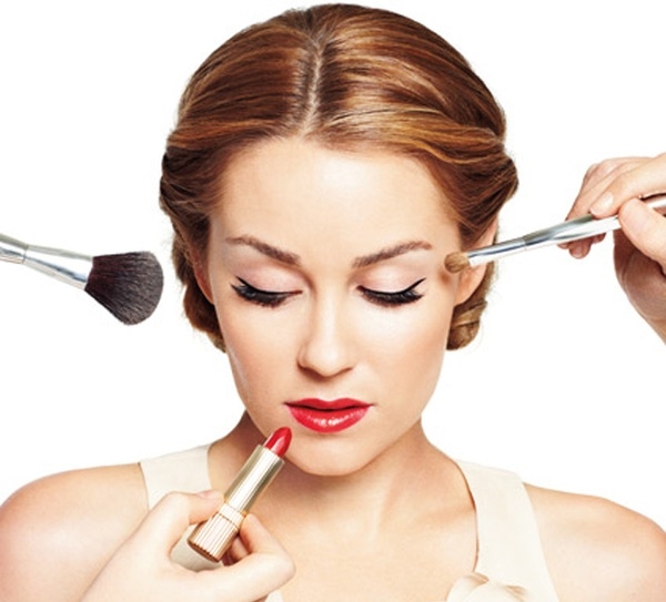 Makeup To Keep Yourself Looking Younger